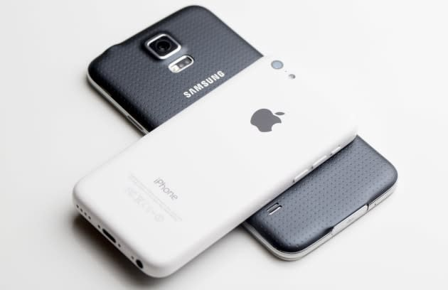 Apple wants more money from Samsung, so it's asking for a retrial