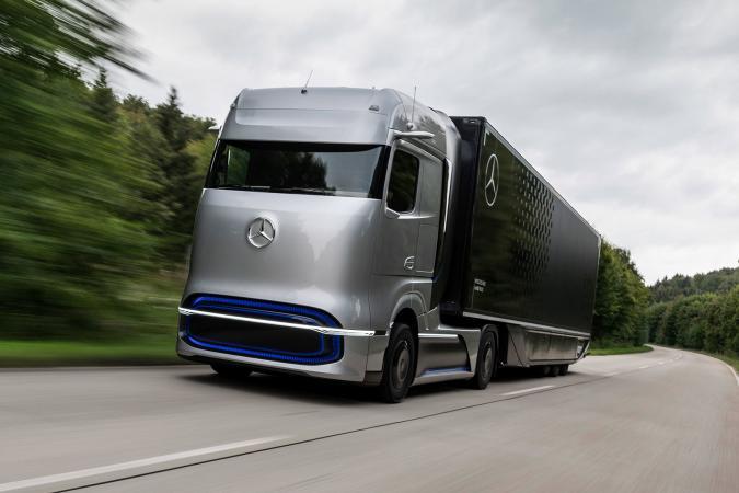 Mercedes-Benz GenH2 hydrogen fuel cell truck