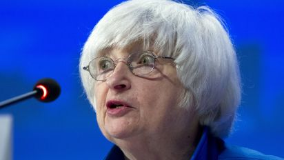 Trump to meet with Yellen to discuss Fed job