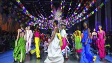 New York Fashion Week: Models aus 35 Ländern auf dem Catwalk vereint