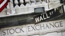 Wall Street si pavoneggia, l'Europa traccheggia