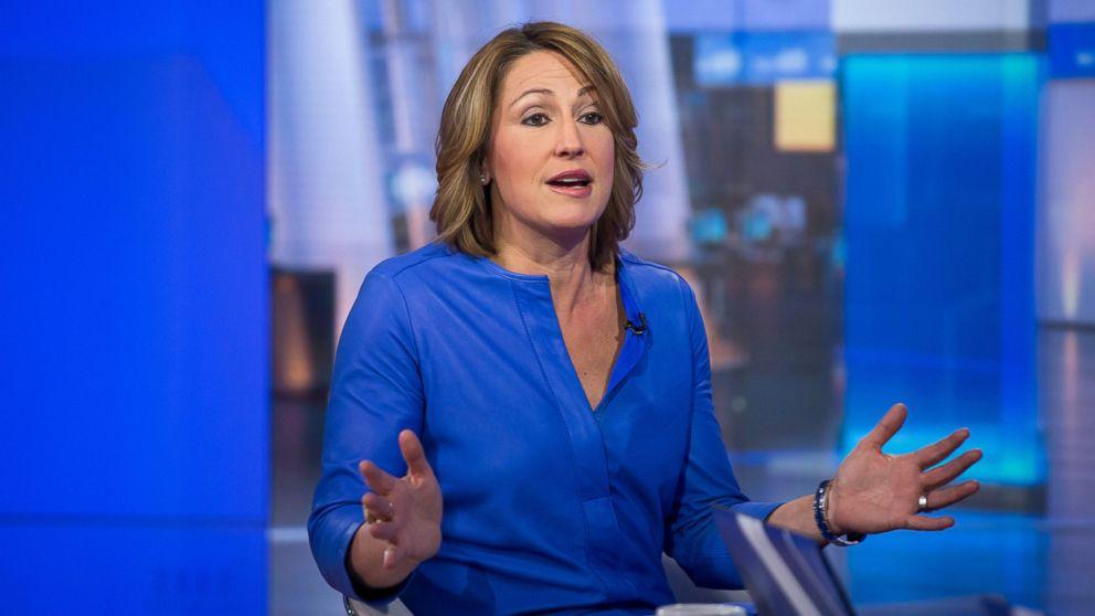 Mylan CEO Heather Bresch Defends EpiPen Pricing as 'Running a Business'