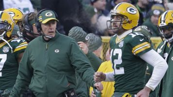Packers may be done, but Rodgers isn't sitting