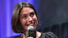Alessandra Sublet : seins qui tombent, fesses molles, rides, son discours décomplexant (qui fait du bien !)