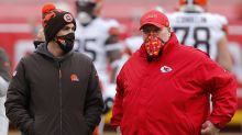 2 fourth-down calls: Why Browns' Kevin Stefanski punted and Chiefs' Andy Reid went for it with game on line