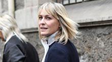 Robin Wright keeps looking amazing at Paris Fashion Week
