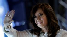 Cristina Kirchner encara julgamento por corrupção em meio à campanha eleitoral