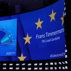 Europe stocks higher after EU elections; Fiat, Renault climb on merger proposal