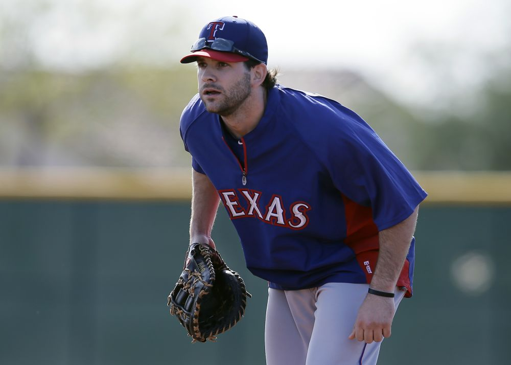 Moreland has to be versatile in Texas with Prince