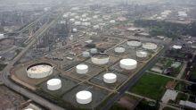 Marathon to become top U.S. refiner with $23 billion Andeavor buy