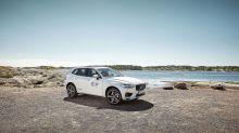 Volvo présente un XC60 muni d'éléments en plastique recyclé