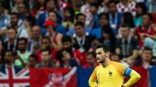 Awful goalkeeper blunder gifts Croatia a goal in World Cup final