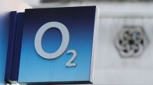 Hutchison wins legal challenge to EU veto on O2 takeover