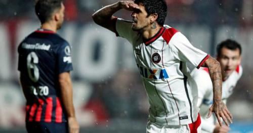 Foot - Copa Libertadores - Lucho Gonzalez (Atletico Paranense) fait tomber San Lorenzo en Copa Libertadores