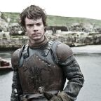 'Game of Thrones' fans sure were quick with the jokes over Theon's bravery