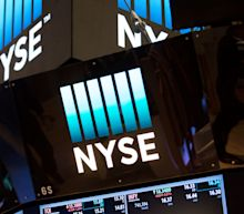 Markets give up early gains - tech jitters continue