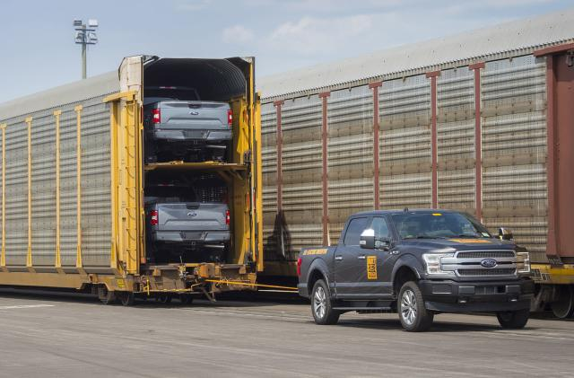 Watch an electric Ford F-150 tow over a million pounds