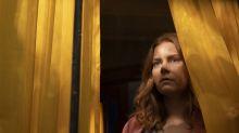 'La mujer en la ventana' intensifica las ganas de verla con un tráiler claustrofóbico