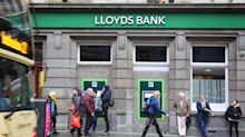Lloyds and Halifax customers hit by online banking glitch