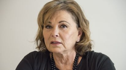 "Roseanne Barr sabe cómo ""muere"" en ""The Conners"""