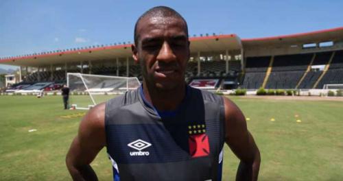 Milton confirma Muriqui no ataque do Vasco no clássico contra Flamengo