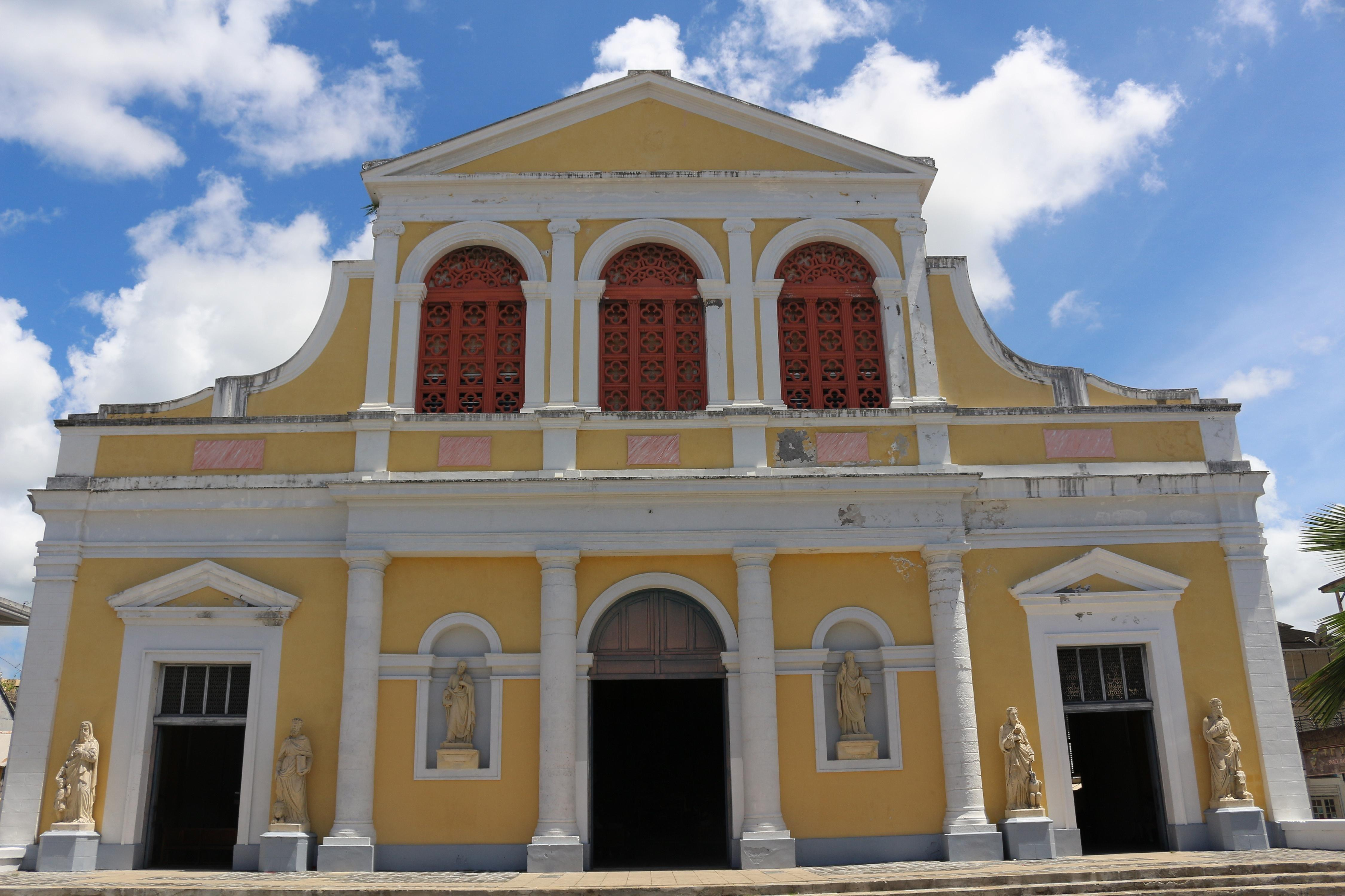 Reconstructed in 1876, Cathédrale de St-Pierre et St-Paul is in the center of Pointe-à-Pitre, this French-speaking country's largest city. Self-guided tours are offered daily inside this church with its bright-yellow exterior.
