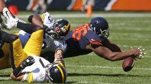 Showboating Bears player goes full Leon Lett, costs team touchdown