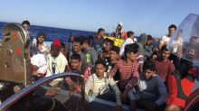 """Sur le bateau humanitaire """"Ocean Viking"""", les rêves d'Europe des migrants secourus"""