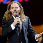 Comedian Tim Minchin opens 2020 TV Bafta Awards with sarcastic song