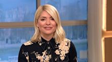 This Morning's Holly Willoughby posts clip of blonde hair root top-up in isolation