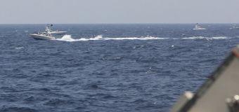 U.S. ship fires 30 warning shots at Iranian speedboats