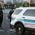 Riots hit downtown Chicago, stores looted