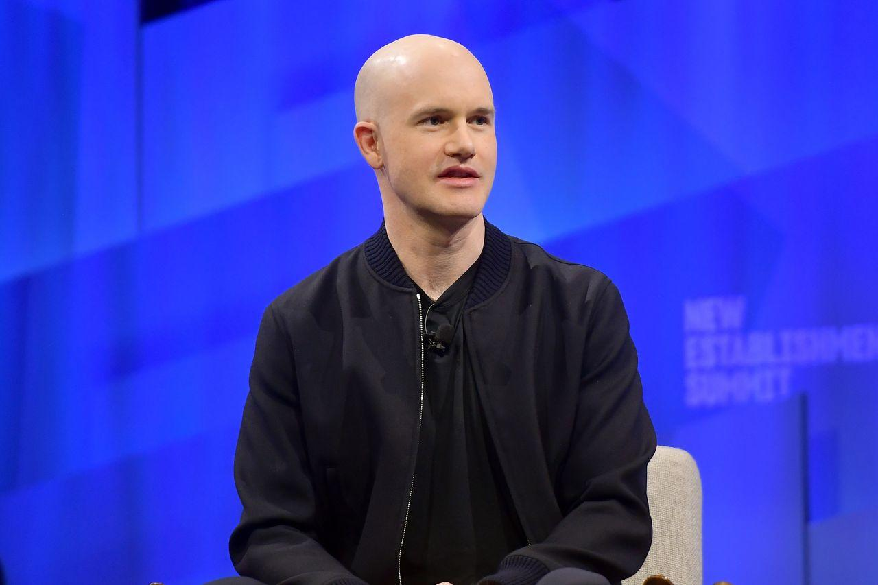 What is a direct listing? How the Coinbase public offering differs from a traditional IPO