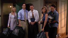 """Jennifer Aniston revela en el programa de Ellen DeGeneres que está """"trabajando en algo"""" con el elenco de Friends"""