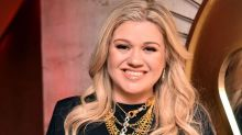 "Kelly Clarkson Says Celebs Were ""Really Mean"" to Her During 'American Idol'"