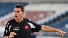 Vasco tenta superar Atlético-GO e retrospecto negativo contra Mancini
