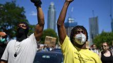 Anonymous protesta contra morte de George Floyd, manda recado a Trump e cita Bolsonaro
