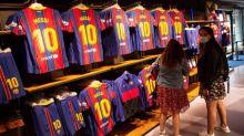 Busquets, Ansu Fati y Aleñà se entrenan el día antes de la vuelta de Messi
