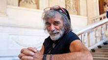 Mauro Corona, il buon selvaggio perso nel salotto buono