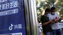 Envios de smartphones na China recuam 15,6% em agosto, mostram dados do governo