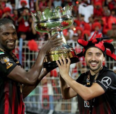 Everton Ribeiro conquista quinto título nos Emirados Árabes