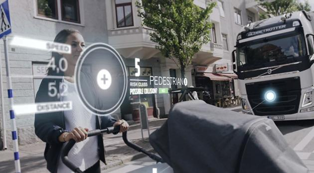 Volvo's big rig continuously scans surroundings to prevent accidents