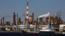 Oil markets tepid ahead of Nov. 30 OPEC meeting
