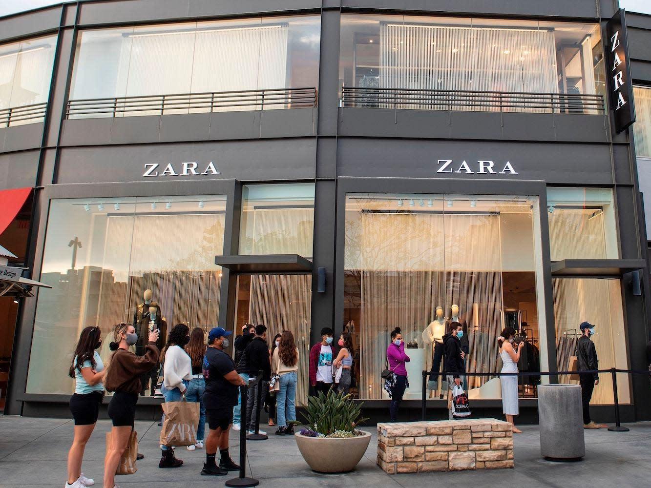 Az új Farmville? Facebookos játékokkal adnák el a Zara ruháit