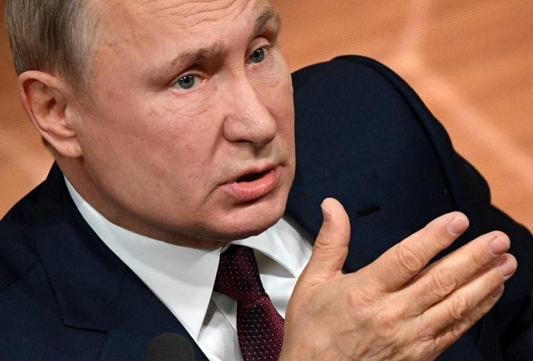 Vladimir Putin backs changes allowing him to stay in power until 2036