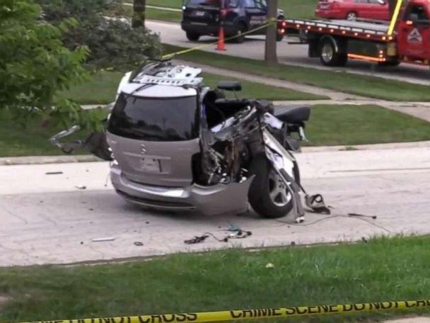 4 people dead after terrible single-vehicle accident splits car in half
