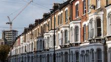 London Housing Slump Deepens as Brexit Slows U.K. Property