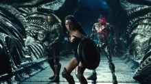 'Justice League': Zack Snyder Brings Banter-Heavy Footage to CinemaCon