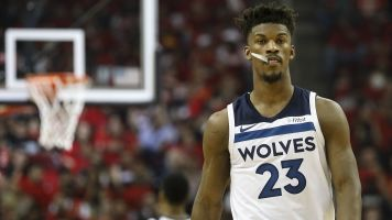 Report: Butler asks Wolves to trade him