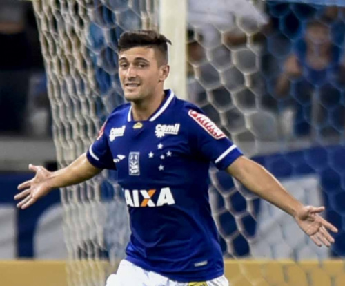 Arrascaeta e Romero treinam e podem reforçar Cruzeiro na quarta